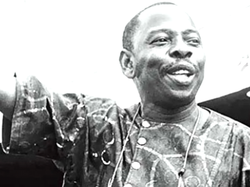 Black and white picture of the late Ken Saro-Wiwa, a leading voice against oil pollution in the Niger Delta.