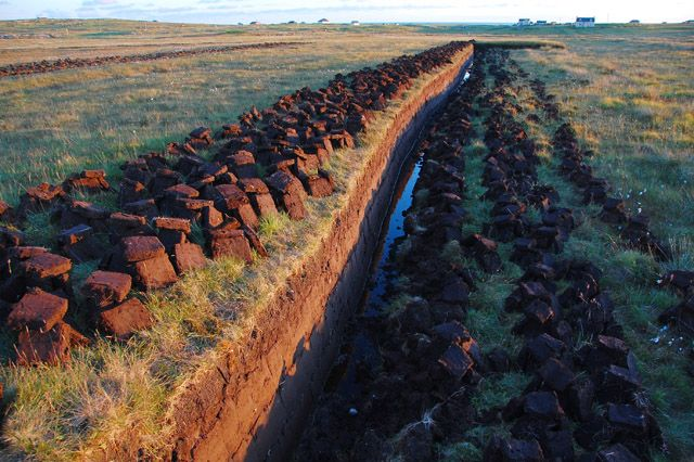 photo of peat cutting, Scotland