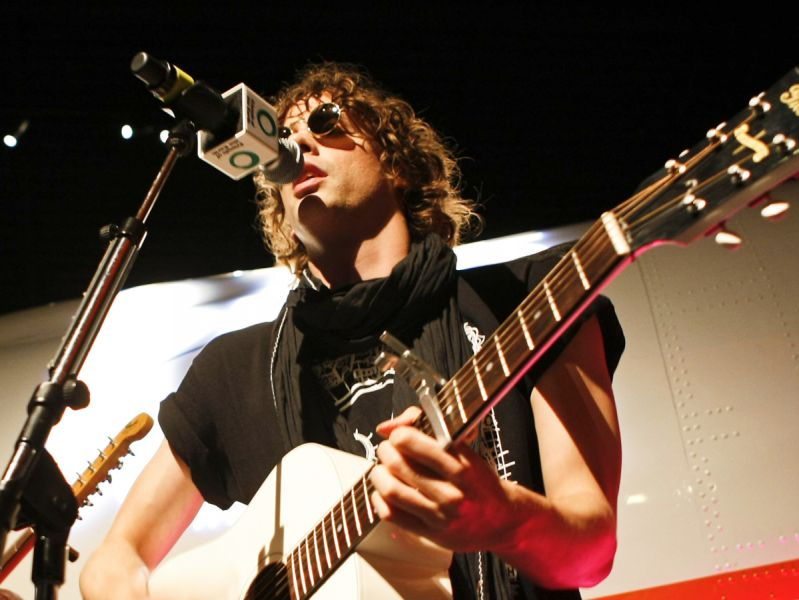 Razorlight support Friends of the Earth's Big Ask campaign for a strong climate change law by headlining a special one-off gig in front of a plane at London's Science Museum.