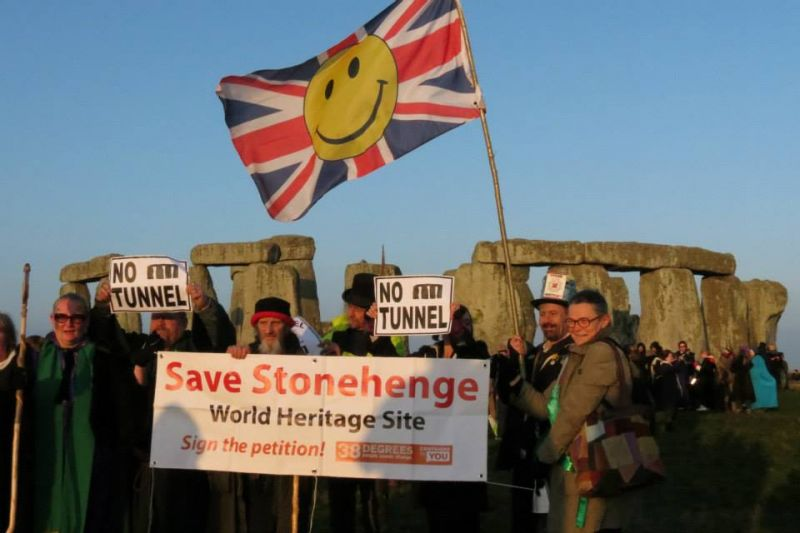 Stonehenge Alliance campaigners at spring equinox 2015