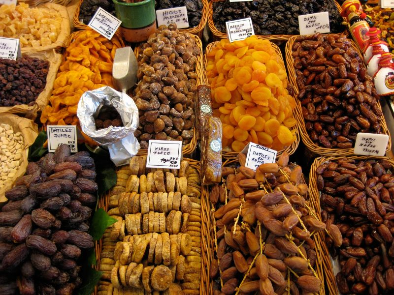 Photo of dried fruit in bulk