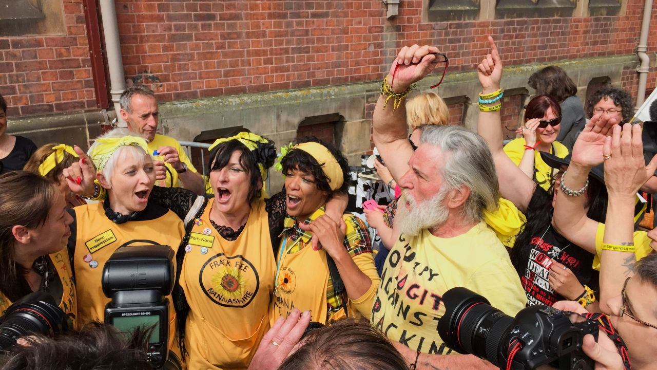 Nanas against fracking