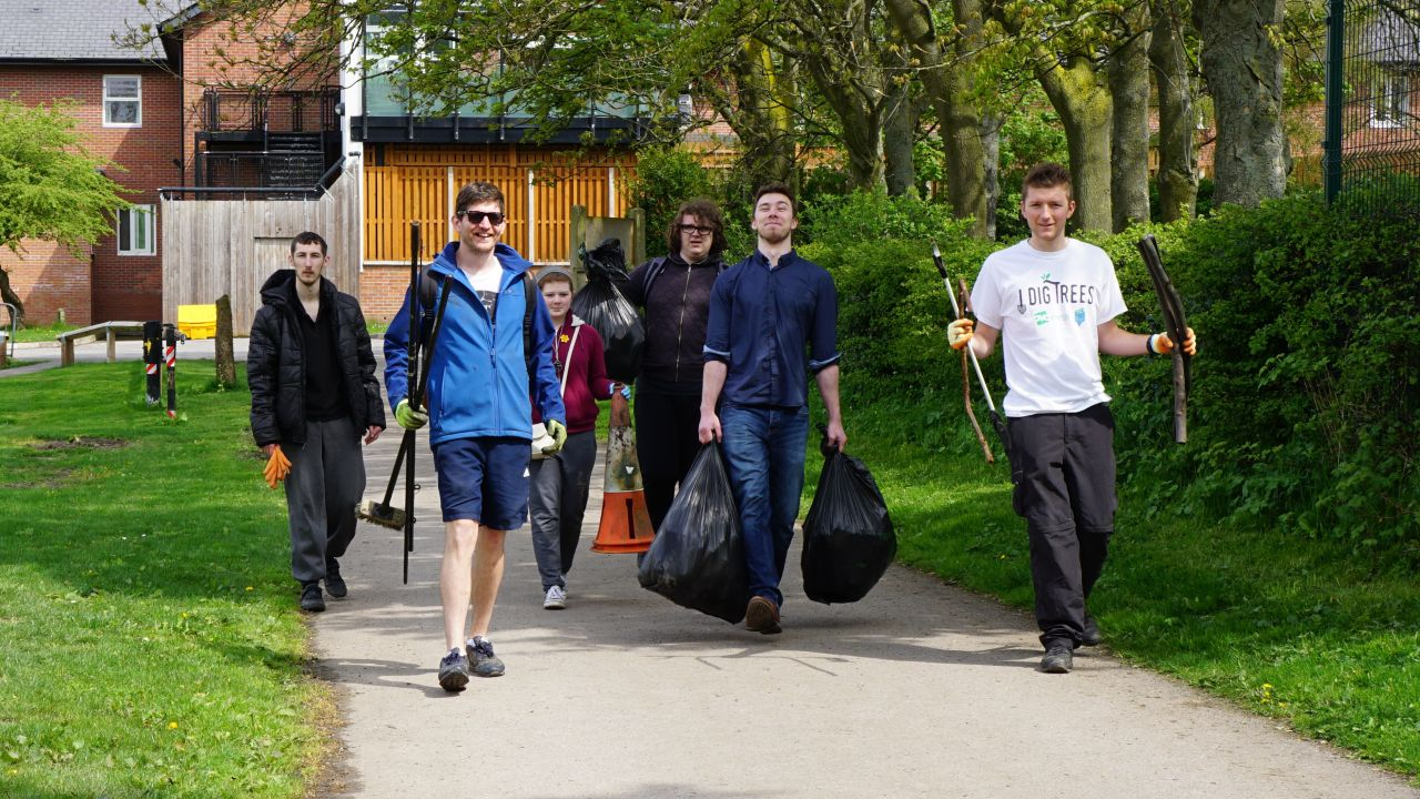 Local group in Chester organise litter pick
