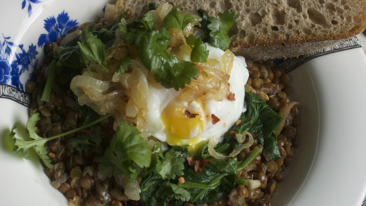 Coriander, egg, onions and lentils in a protein-packed vegetarian meal, with bread