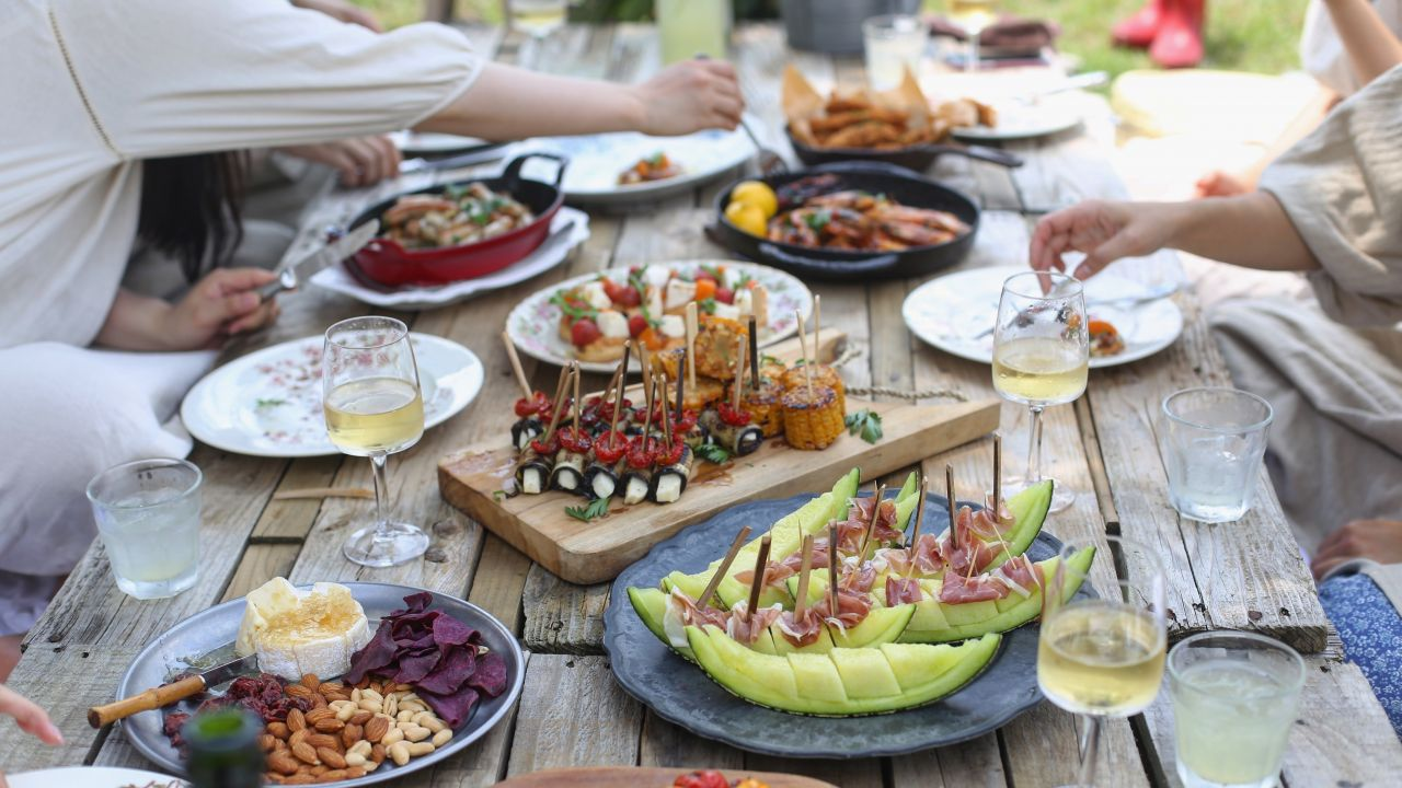 Food and drink on outdoor table