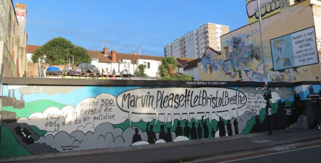 Campaign groups call on the mayor of Bristol to clean up the city's air